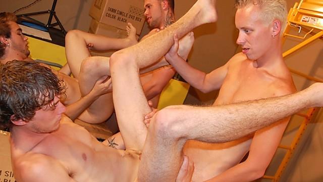 Ash, Roar, Corey, Brent and Ashton Wood